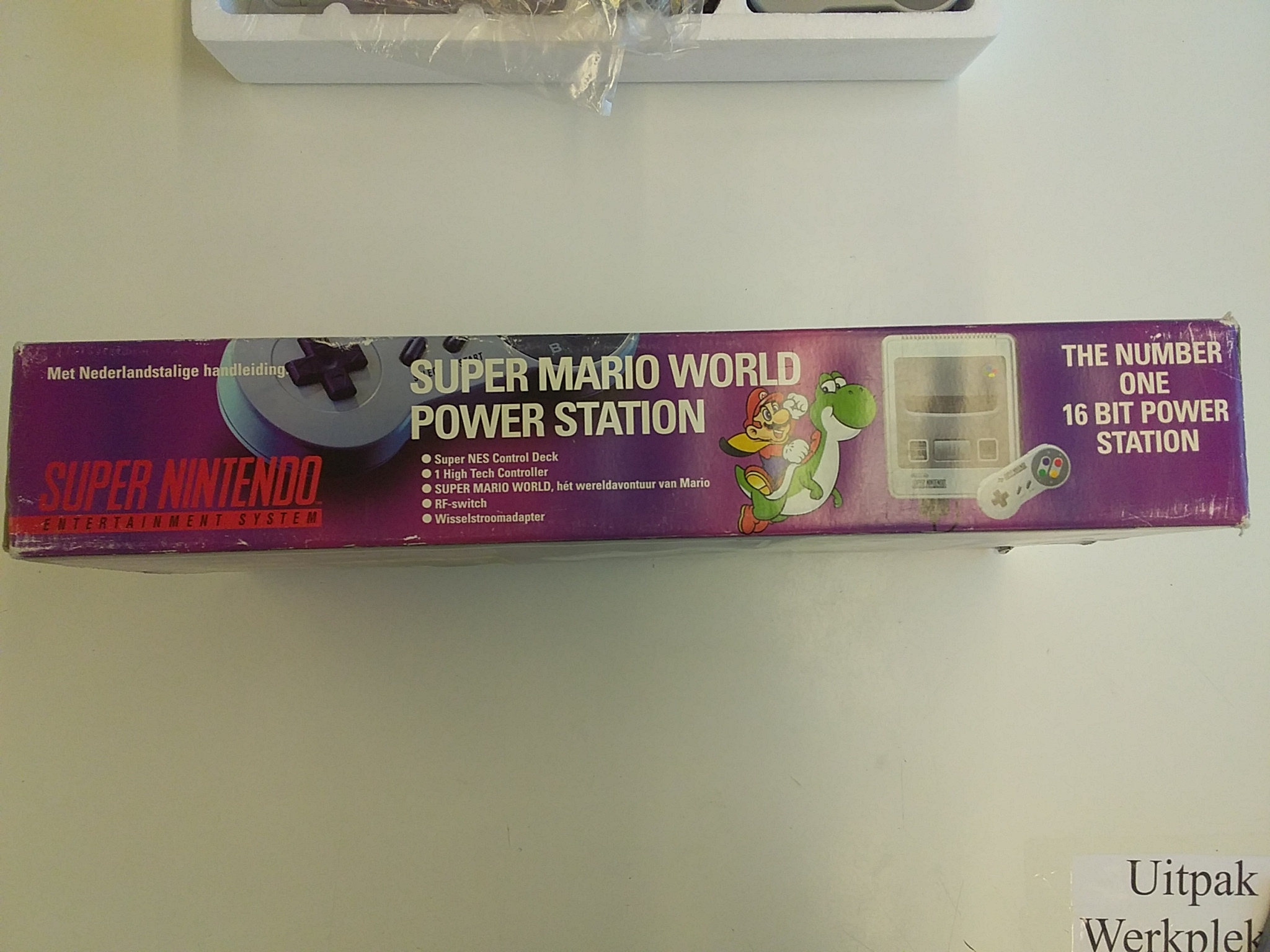 Foto van Super Nintendo Super Mario World Edition in Doos